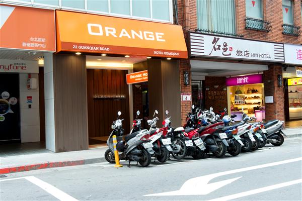 台北福泰桔子商旅-館前店_酒店外觀_酒店外觀