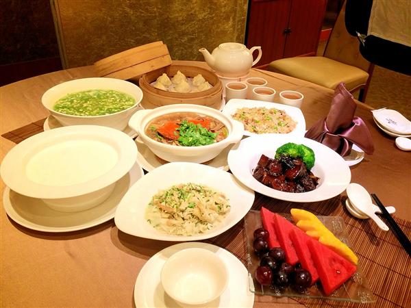 台北 首都大飯店【旗艦館】_餐廳_秋蟳冠軍三人合菜