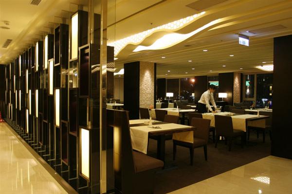 高雄商旅_餐廳_餐廳