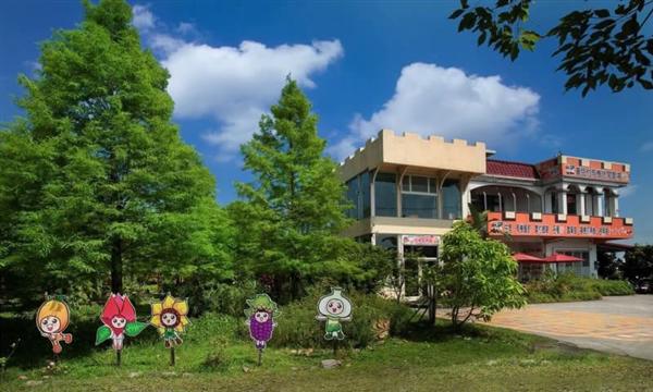 宜蘭冬山 童話村有機農場民宿_入口_童話村正面景觀 入口