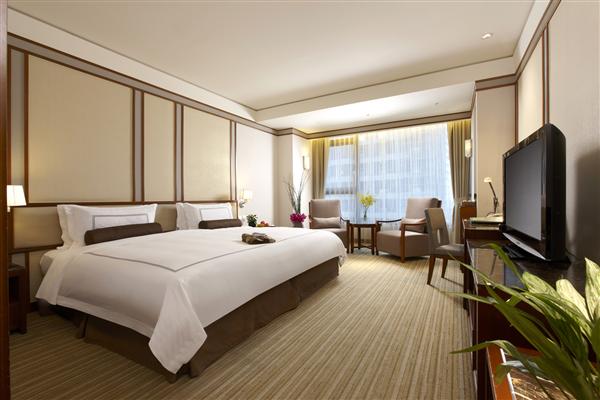 宜蘭礁溪 長榮鳳凰酒店_客房_高級洋式客房(一大床)