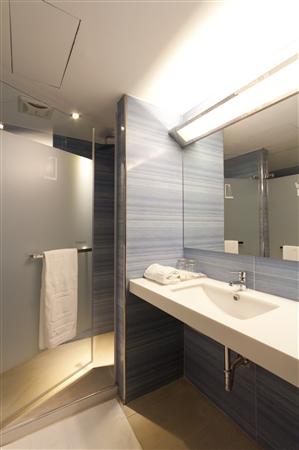 台北丹迪旅店 - 天母店_客房_豪華雙人客房衛浴設備