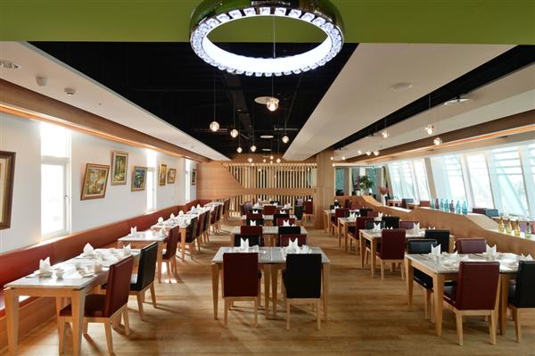 高雄 旗津道沙灘酒店_餐廳_餐廳