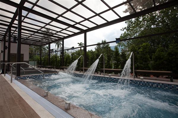 台東 F HOTEL 【知本館】_漩渦按摩浴池_漩渦按摩浴池