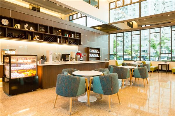 台東 V-HOTEL 假期商旅_咖啡店_自助咖啡吧