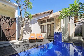 泳池别墅饭店,即置身在购物区,而且方便游览巴东巴东海滩以及库塔海滩