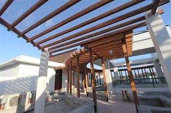 长滩岛皇冠丽晶酒店和会议中心