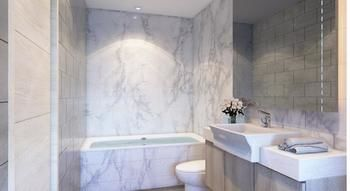 CMOR-Hotel-Chiang-Mai-Bathroom