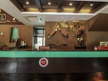 海蓝宝塞南杨 33 号尼达饭店 - 芭东海滩尼帕渡假村饭店 nida rooms