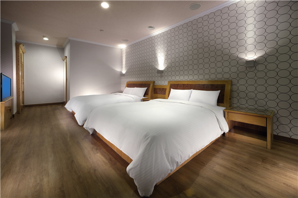 宜蘭 富翔大飯店_客房_美滿雙床房