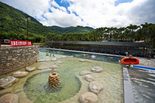 台東知本 東遊季溫泉度假村_漩渦按摩浴池_漩渦按摩浴池