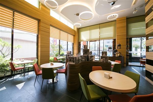 台南 榮美金鬱金香酒店_咖啡店_咖啡店