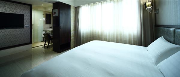 高雄 鳥巢精緻旅館【中華館】_客房_朱鸝客房