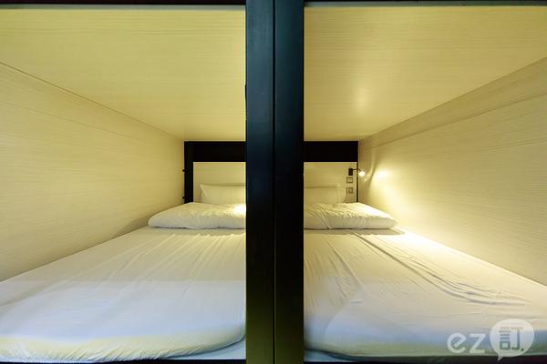 這裡那裡青年旅店-西門店_客房_客房