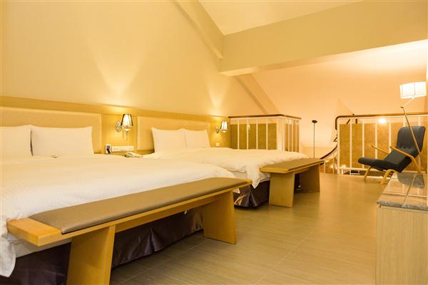 台東 V-HOTEL 假期商旅_客房_樓中樓套房-1