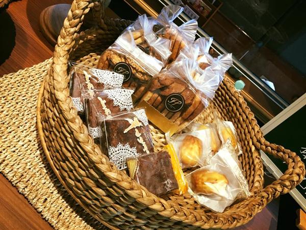 台東 翠安儂風旅_咖啡店_法式甜點屋-手工餅乾-瑪德蓮-布朗尼