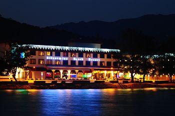 香港銀鑛灣渡假酒店  Silvermine Beach Resort