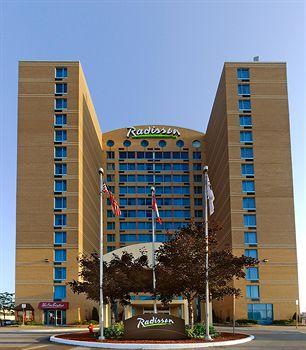 多倫多機場拉迪森套房飯店 Radisson Suite Hotel - Toronto Airport