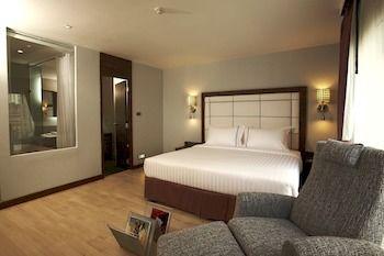 曼谷素坤逸 S 套房飯店 S Sukhumvit Suites Hotel