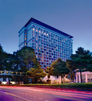 新加坡仁民飯店 (盛貿飯店) Hotel Jen Singapore (Formerly Traders Hotel)