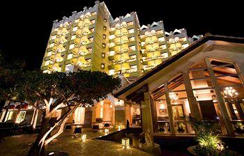 沖繩恩納村溫泉療養渡假村 Spa Resort Exes