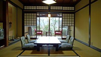 京都基歐贊納貴賓飯店 Gyozanen