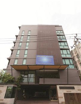曼谷席那克林街 56 號沃森公寓 Varrzon Residence Srinakarin 56