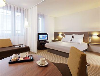 巴黎波特德拉沙佩勒飯店 Suite Novotel Paris Porte de la Chapelle