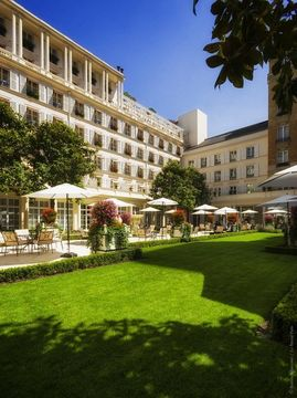 巴黎勒布里斯托飯店 LE BRISTOL