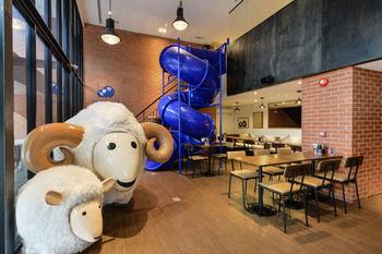 曼谷科科特爾蘇拉翁飯店 Kokotel Surawong