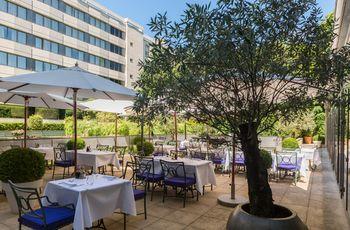 巴黎納伊皇冠假日飯店 Crowne Plaza Paris - Neuilly