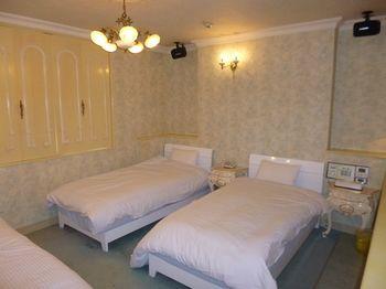 夏拉拉飯店 HOTEL SHALALA