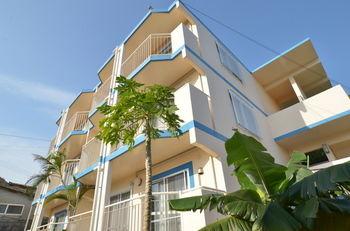 凱撒歸仁付公寓 Condominium Ceaser Nakijin