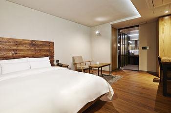E 飯店 E-HOTEL