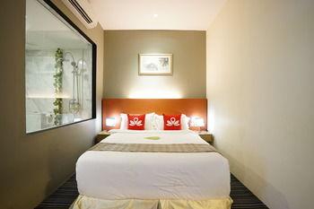 樟宜村莊禪房飯店 ZEN Rooms Changi Village
