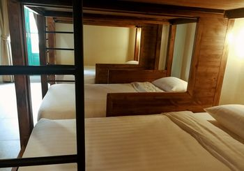 曼谷西麗珀什特爾飯店 Siri Poshtel Bangkok