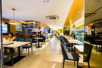 珊蘭廣場飯店 Samran Place Hotel