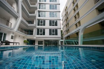 勒塔達禪房高級飯店 ZEN Premium Santiphap Park
