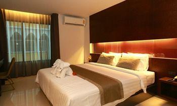 曼谷機場線套房飯店 The Bangkok Airport Link Suite