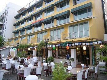 新暹羅河濱飯店 New Siam Riverside