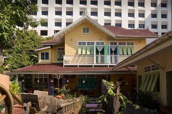 巴尼達套房飯店 Panida Suite