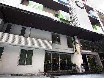 納拉西瓦斯 2888 住宅尼達飯店 - 娜拉生活旅居飯店 NIDA Rooms Narathivas 2888 Residence at Living Nara Place