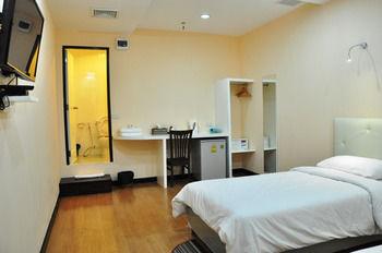 席隆維普雷斯飯店 VPlace Silom