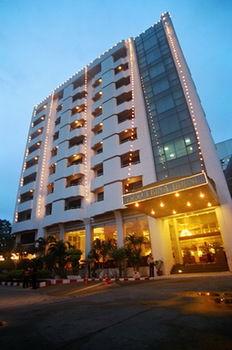 愛賓娜家園飯店 Ebina House