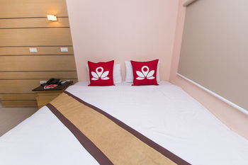 素坤逸 11 號禪房飯店 ZEN Rooms Sukhumvit 11