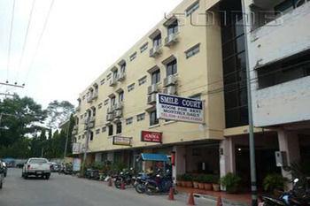 芭達雅微笑府飯店 Smile Court Pattaya