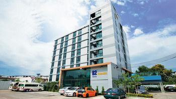 南芭達雅 B2 飯店 B2 Hotel South Pattaya Premier Hotel
