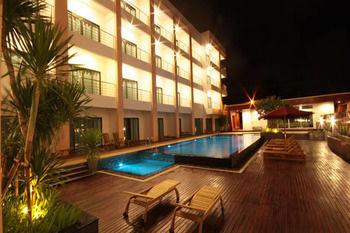 帕拉剛套房渡假村 Paragon Suites Resort