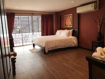 頂樓客房飯店 Rooftop Room